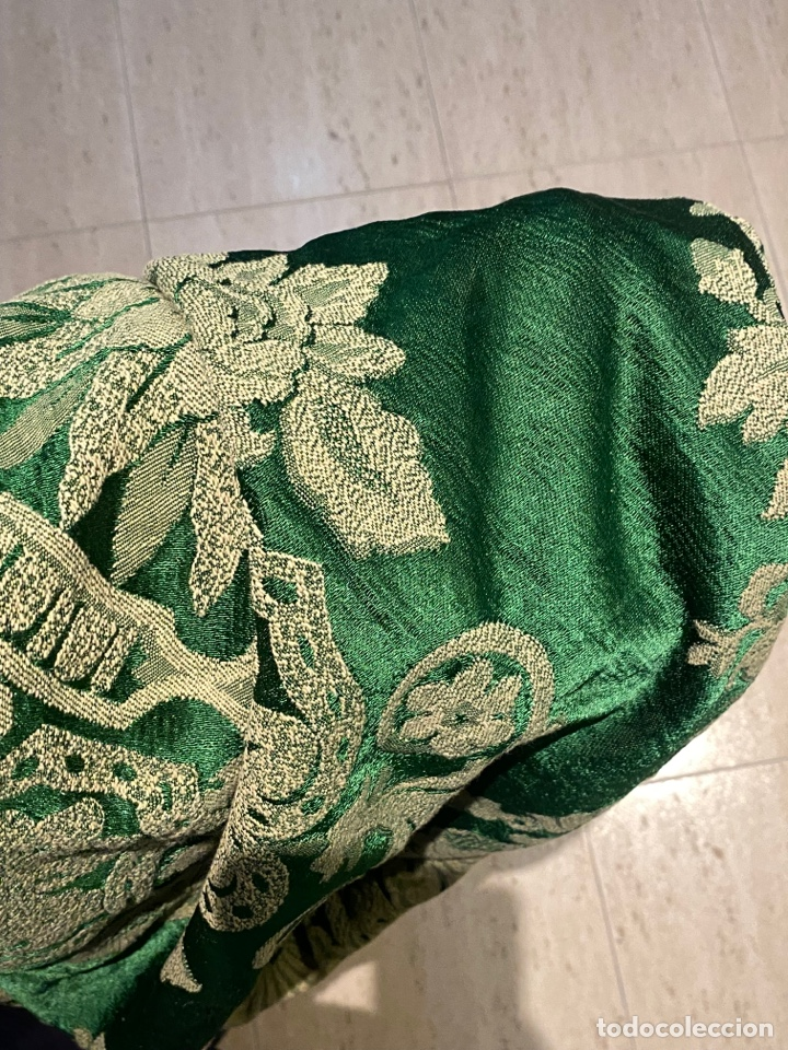 Antigüedades: Antiguo mantel de mesa verde con dos caras con detalles florales bordados . Ver fotos - Foto 13 - 288062058