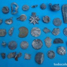 Antigüedades: GRAN LOTE DE PLATA , MONEDAS , BOTONES , ADORNOS ... ( 68 GRS ) .. Lote 288082928