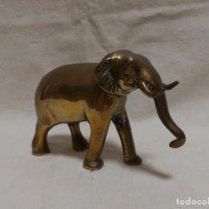 Antigüedades: ANTIGUA FIGURA DE BRONCE / LATON - ELEFANTE. Lote 288200403