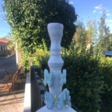 Antigüedades: ALCORA, CANDELERO, PORTA VALE. Lote 288213608