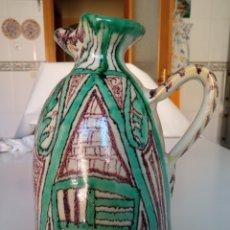 Antigüedades: JARRA EN PORCELANA DE TERUEL, DE DOMINGO PUNTER. Lote 288347583
