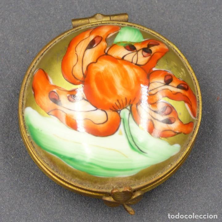 Antigüedades: Art Nouveau. Pastillero pequeño de porcelana de Limoges Francia. 1900 - 1920 - Foto 2 - 288396593
