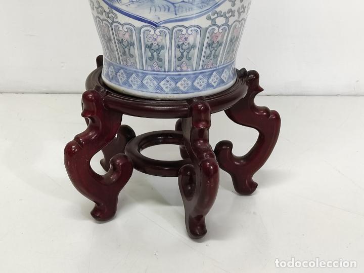 Antigüedades: Gran Jarrón Chino - Porcelana Azul y Rosa - Con Peana - Altura Total 101 cm - Foto 16 - 288486033