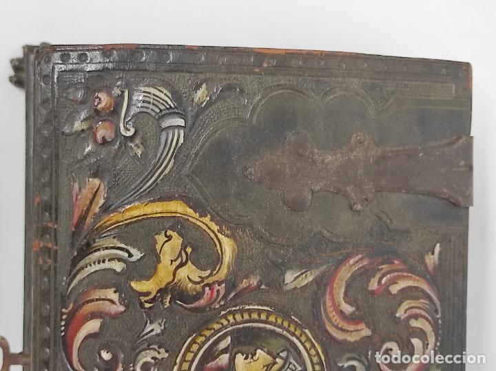 Antigüedades: Bonita Caja, Joyero Estilo Renacimiento - Madera y Cuero Policromado - Pies de Garra en Bronce - Foto 9 - 288487663