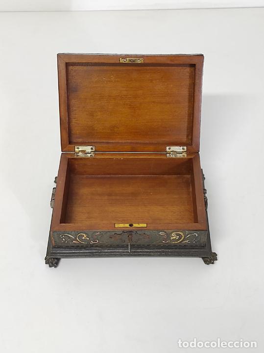 Antigüedades: Bonita Caja, Joyero Estilo Renacimiento - Madera y Cuero Policromado - Pies de Garra en Bronce - Foto 17 - 288487663