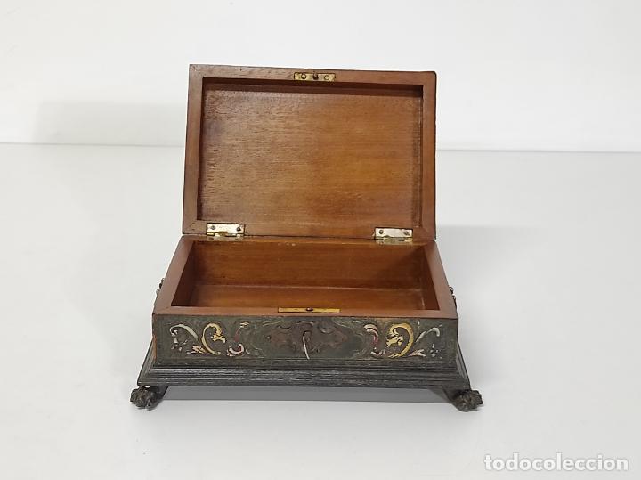 Antigüedades: Bonita Caja, Joyero Estilo Renacimiento - Madera y Cuero Policromado - Pies de Garra en Bronce - Foto 19 - 288487663