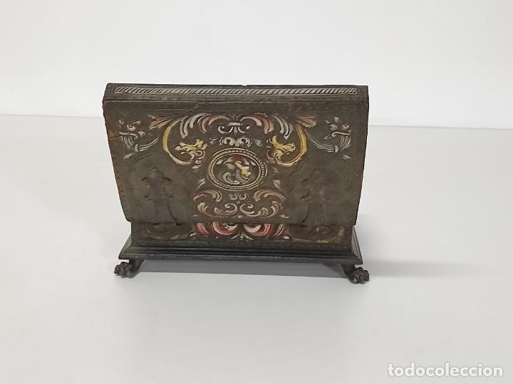 Antigüedades: Bonita Caja, Joyero Estilo Renacimiento - Madera y Cuero Policromado - Pies de Garra en Bronce - Foto 23 - 288487663