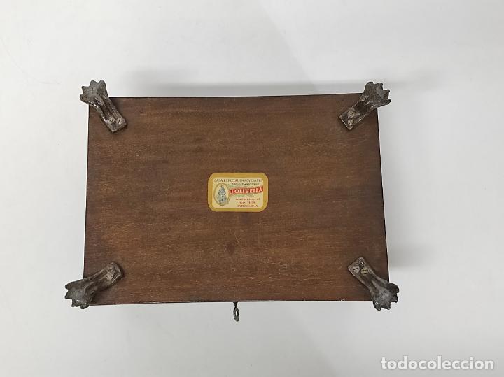 Antigüedades: Bonita Caja, Joyero Estilo Renacimiento - Madera y Cuero Policromado - Pies de Garra en Bronce - Foto 25 - 288487663