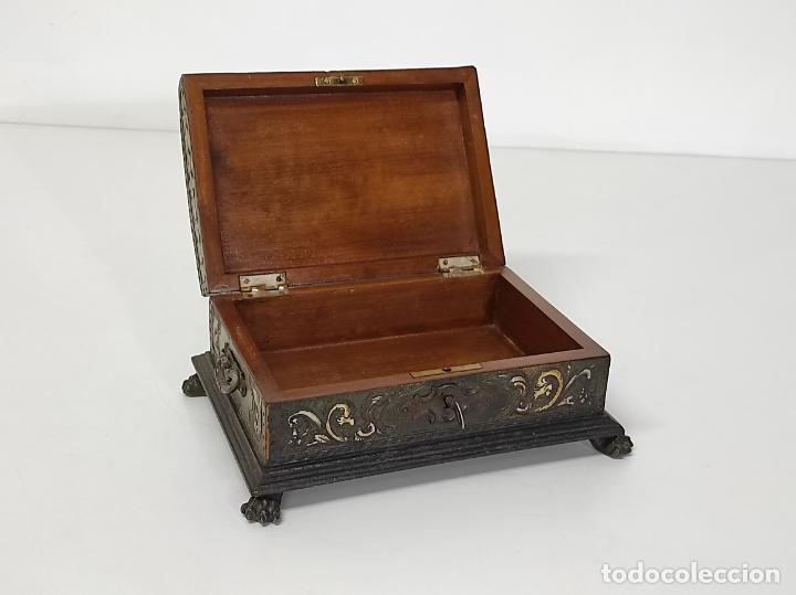 Antigüedades: Bonita Caja, Joyero Estilo Renacimiento - Madera y Cuero Policromado - Pies de Garra en Bronce - Foto 28 - 288487663