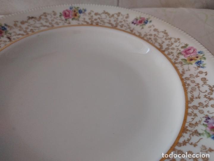 Antigüedades: Lote de 2 preciosos platos hondos de porcelana r bavaria,decorados con flores y oro - Foto 4 - 288570243