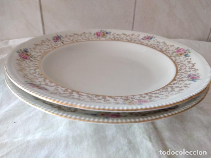 Antigüedades: Lote de 2 preciosos platos hondos de porcelana r bavaria,decorados con flores y oro - Foto 6 - 288570243