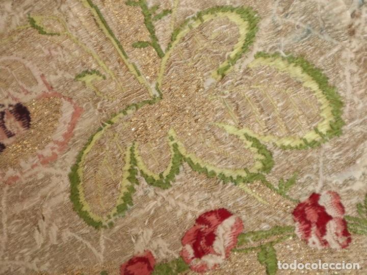 Antigüedades: Capa pluvial confeccionada en seda espolinada y brocada. España, siglo XVIII. - Foto 41 - 288574503