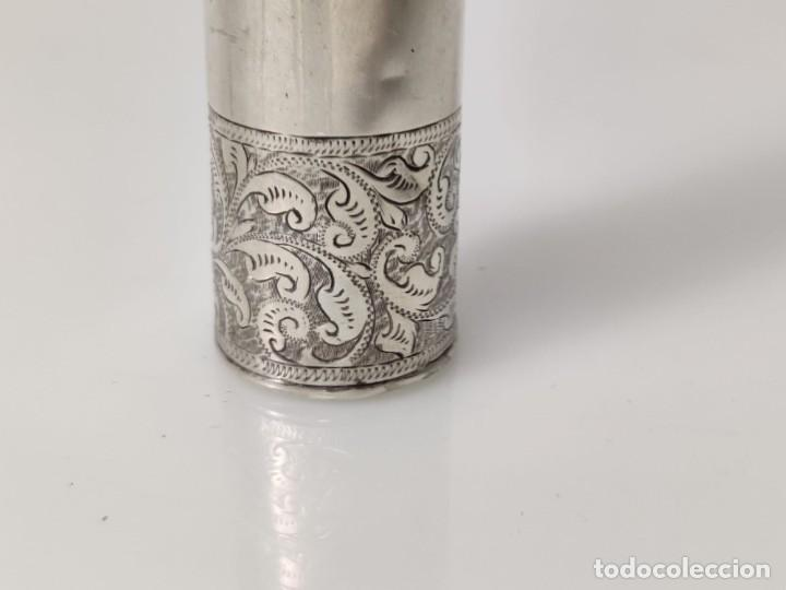 Antigüedades: Antiguo perfumero frasco de plata para perfume, tapón original en cristal 1900s - Foto 9 - 288587283