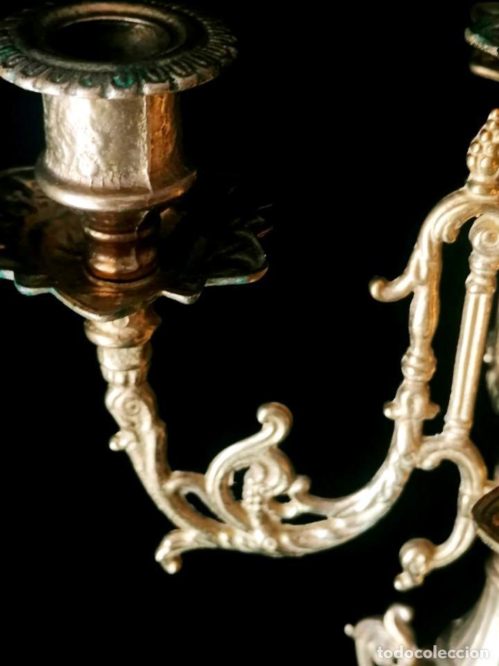 Antigüedades: Antiguo candelabro Estilo Luis XVI - Bronce patinado - 4 brazos - Foto 15 - 288602488