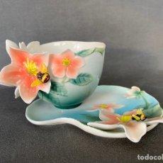 Antigüedades: FRANZ PORCELAIN BEE DESIGN , TEA CUP , PORCELANA CHINA ,. Lote 288627513