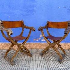 Antigüedades: PAREJA DE JAMUGAS EN CUERO Y MADERA. Lote 288639193