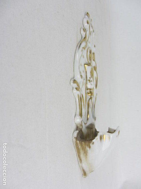 Antigüedades: Benditera en porcelana del siglo XIX - Foto 3 - 288650638