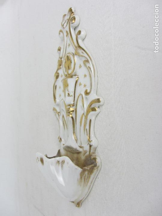 Antigüedades: Benditera en porcelana del siglo XIX - Foto 4 - 288650638