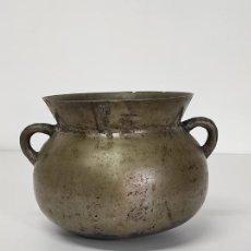 Antigüedades: ANTIGUA OLLA - BRONCE - ASAS CINCELADAS - S. XVIII. Lote 288655448