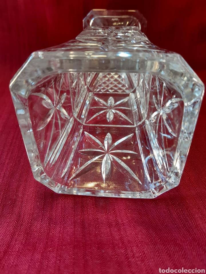 Antigüedades: Florero de cristal tallado a mano. Jarrón - Foto 5 - 288701233