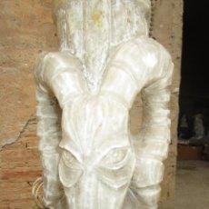 Antigüedades: ESPECTACULAR LAMPARA MACHO CABRIO ESCULTURA EN ALABASTRO MARMOL IDEAL EXOTERICA DEMONIACA OCULTISMO. Lote 288727078