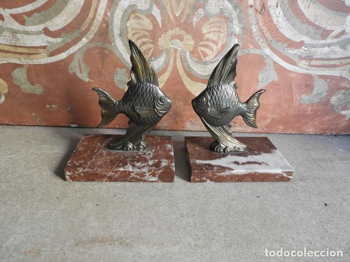 Antigüedades: APOYALIBROS CON FIGURAS DE PECES SOBRE MARMOL - Foto 7 - 288731148
