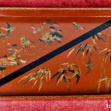 Antigüedades: GRAN BANDEJA JAPONESA LACADA. TÉCNICA MAKI-E. JAPÓN. SIGLO XIX-XX. Lote 288871063