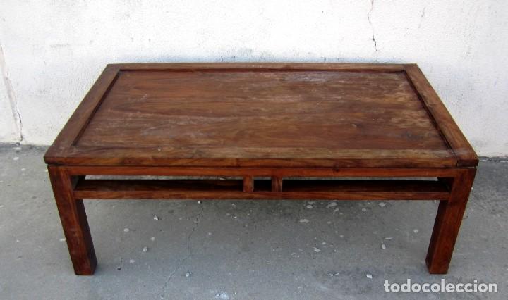 Antigüedades: Mesa baja estilo colonial, rustico para salon o porche, madera maciza de palisandro - Foto 2 - 288894138