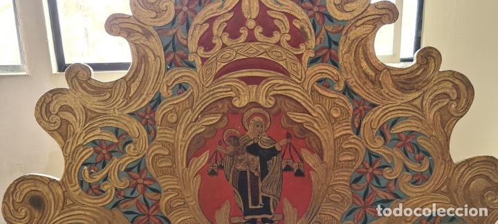 Antigüedades: CAMA OLOTINA CON LA VIRGEN DEL CARMEN. MADERA TALLADA Y POLICROMADA. SIGLO XVIII. - Foto 5 - 288916953