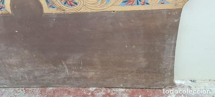 Antigüedades: CAMA OLOTINA CON LA VIRGEN DEL CARMEN. MADERA TALLADA Y POLICROMADA. SIGLO XVIII. - Foto 12 - 288916953