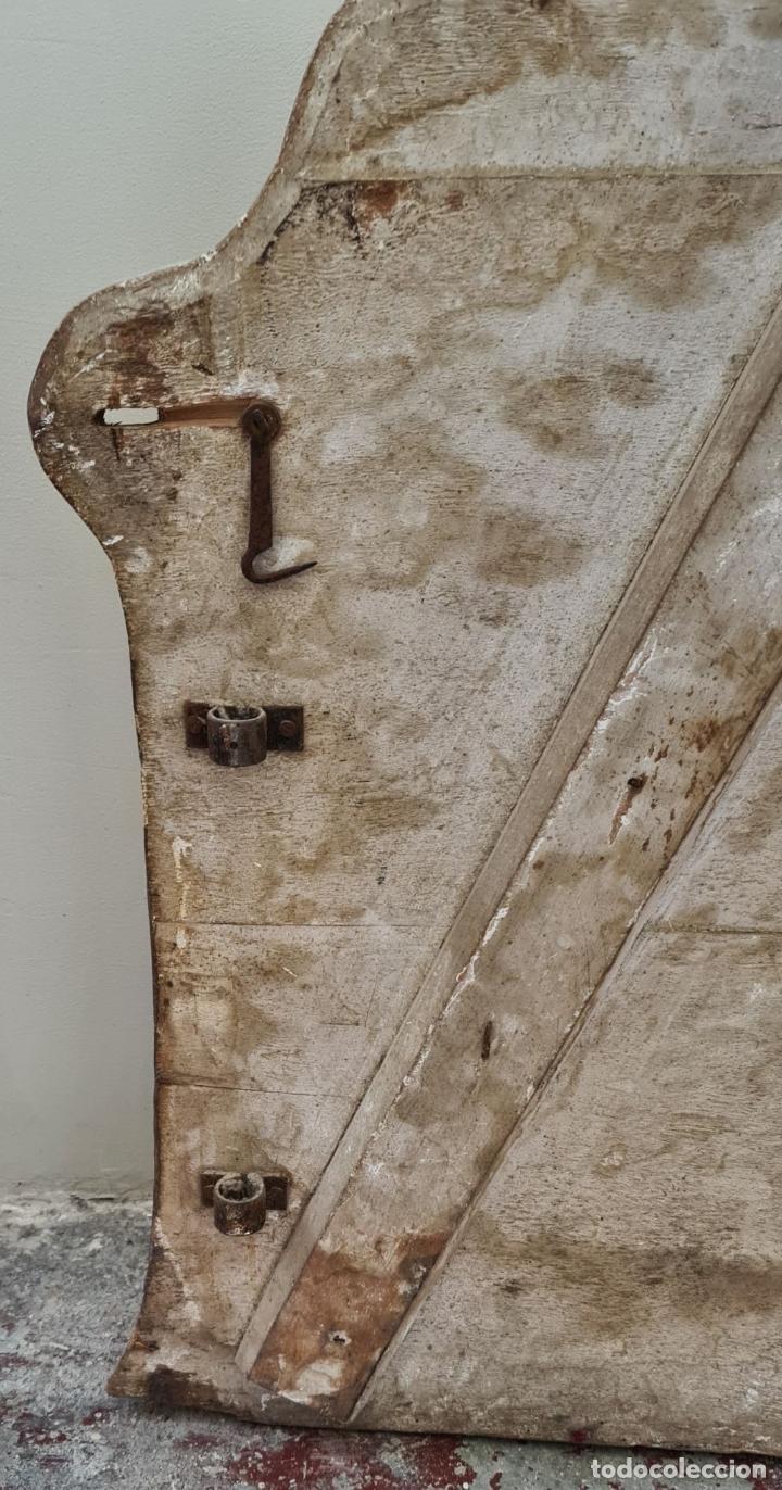 Antigüedades: CAMA OLOTINA CON LA VIRGEN DEL CARMEN. MADERA TALLADA Y POLICROMADA. SIGLO XVIII. - Foto 46 - 288916953