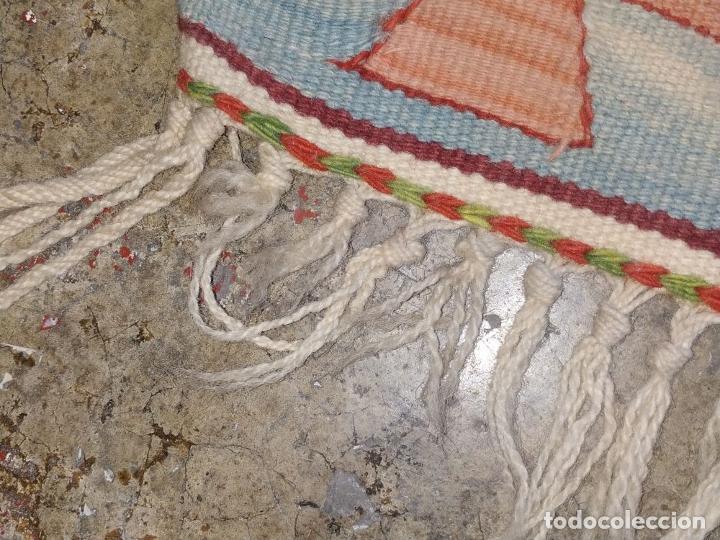 Antigüedades: ALFOMBRA KILIM. LANA TEJIDA A MANO. 95X108 CM. TURQUIA (?). CIRCA 1970 - Foto 36 - 288944783