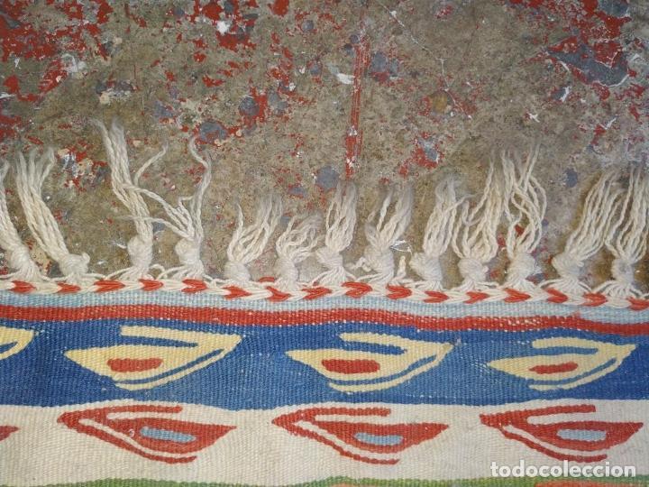 Antigüedades: KILIM. LANA TEJIDA A MANO. 90X112 CM. TURQUIA (?). CIRCA 1970 - Foto 16 - 288952818