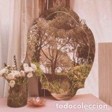 Antigüedades: PRECIOSO ESPEJO CLÁSICO BISELADO ANTIQUE UNIQUE. Lote 288969108