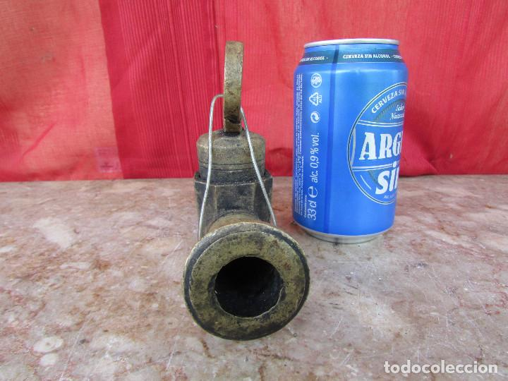 Antigüedades: Grifo antiguo bronce macizo barriles vino - Foto 5 - 289199833
