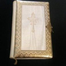 Antigüedades: MISAL PRIMERA COMUNIÓN TESORO DIVINO EDITORIAL VALLÉS 1927 ILUSTRADO PINTURAS DEL MUSEO DEL PRADO. Lote 289220738
