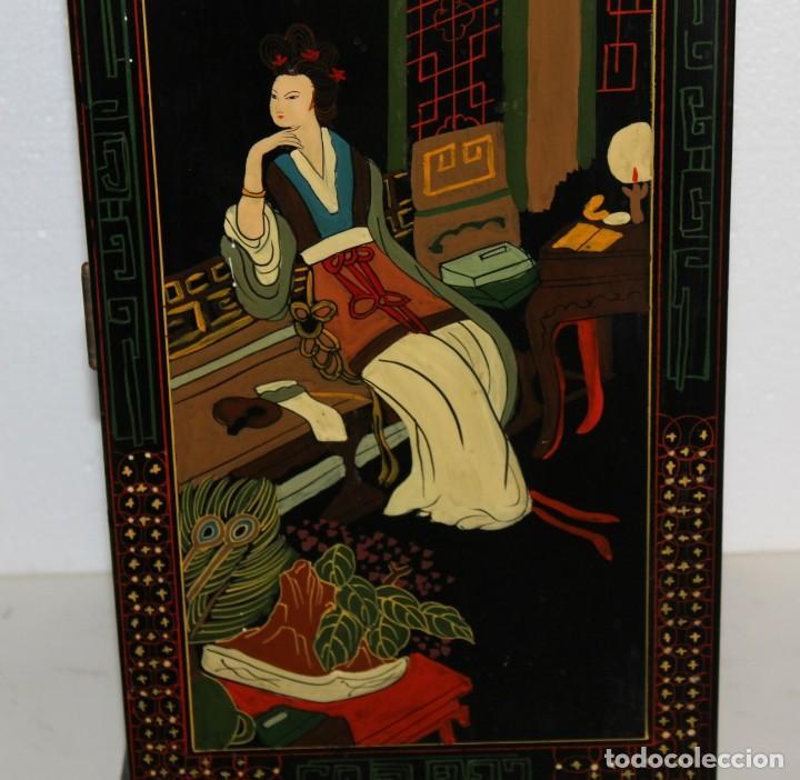 Antigüedades: Mueble chino en madera lacada, pintada a mano con aplicaciones. Mediados del siglo XX - Foto 9 - 289239938