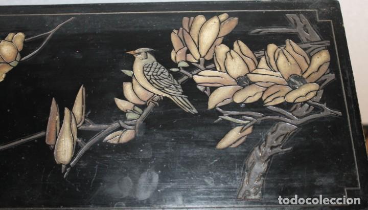 Antigüedades: Mueble chino en madera lacada, pintada a mano y aplicaciones. Mediados del siglo XX - Foto 10 - 289240623