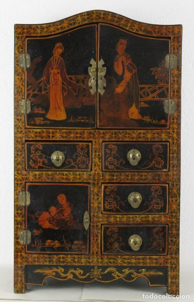 Antigüedades: Mueble joyero chino en madera lacada y pintada a mano. Mediados del siglo XX - Foto 2 - 289241518