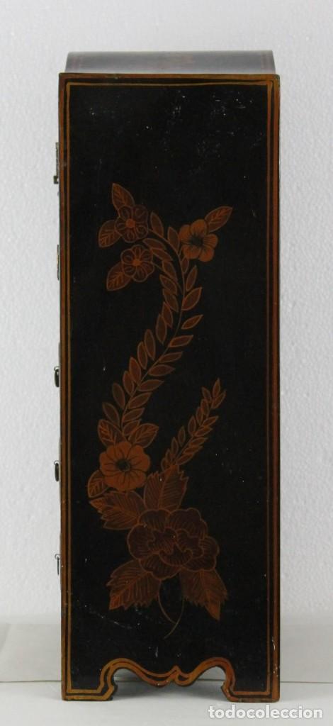 Antigüedades: Mueble joyero chino en madera lacada y pintada a mano. Mediados del siglo XX - Foto 7 - 289241518