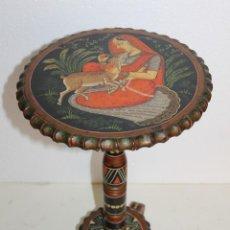 Antigüedades: MESA AUXILIAR VELADOR INDIA EN MADERA PINTADA A MANO. SEGUNDA MITAD SIGLO XX. Lote 289242433