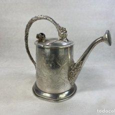 Antiquités: REGADOR VICTORIANO EN PLATA DE LEY 1950'S 20X11X18 CM - LA OPALINA. Lote 289251603