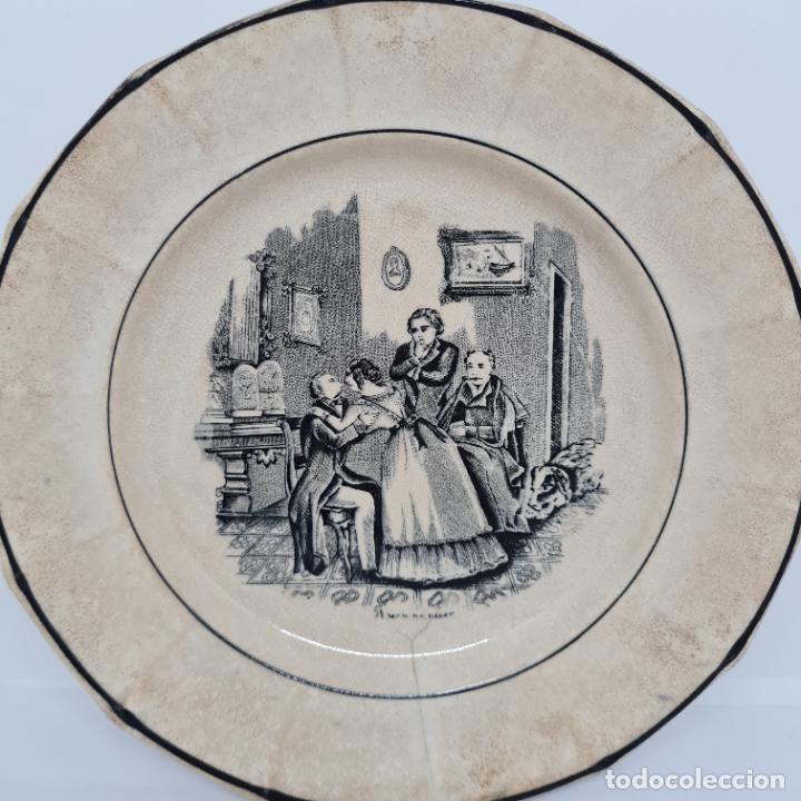 MUY BONITO PLATO,AMOR DE PADRE,CERAMICA DE LA AMISTAD,CARTAGENA,(MURCIA),S. XIX (Antigüedades - Porcelanas y Cerámicas - Cartagena)