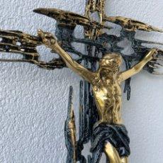 Antigüedades: CRISTO DE BRONCE 77 CTMS X 56 CTMS - RÉPLICA DALÍ. Lote 289357193