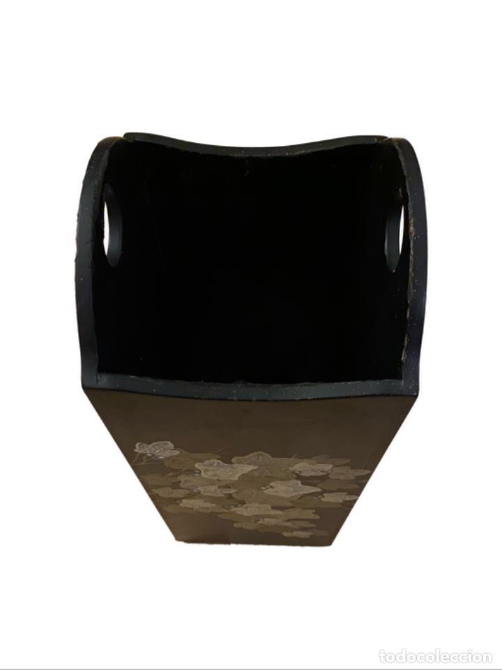 Antigüedades: Precioso paraguero o bastonero, negro con flores relieve, 50 x 20 x 20 - Foto 2 - 289414863