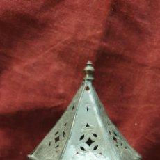 Antigüedades: FAROLILLO PORTA VELAS 15CM ALTO. Lote 289487228