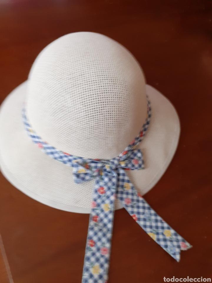 SOMBREO DE NIÑA ,TALLA 48.ES NUEVO ,ES UN RESTO DE TIENDA. (Antigüedades - Moda - Sombreros Antiguos)