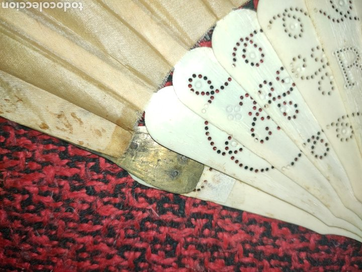 Antigüedades: ABANICO SIGLO XIX EN MARFIL Ó HUESO PINTADO A MANO CON BOUQUET FLORAL - Foto 8 - 289526588