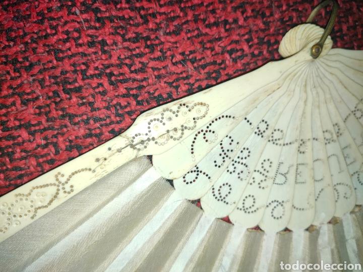 Antigüedades: ABANICO SIGLO XIX EN MARFIL Ó HUESO PINTADO A MANO CON BOUQUET FLORAL - Foto 11 - 289526588