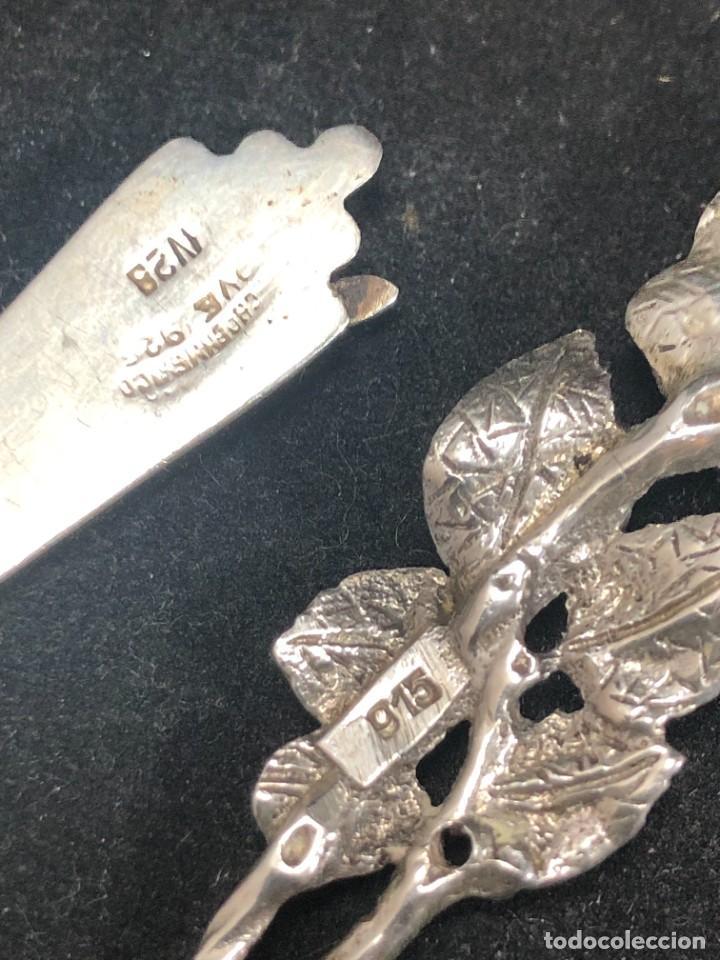 Antigüedades: Pareja de pequeños cuchillos de plata de ley, de colección. Recuerdos de Viajes. buen estado. 925 - Foto 4 - 289538833